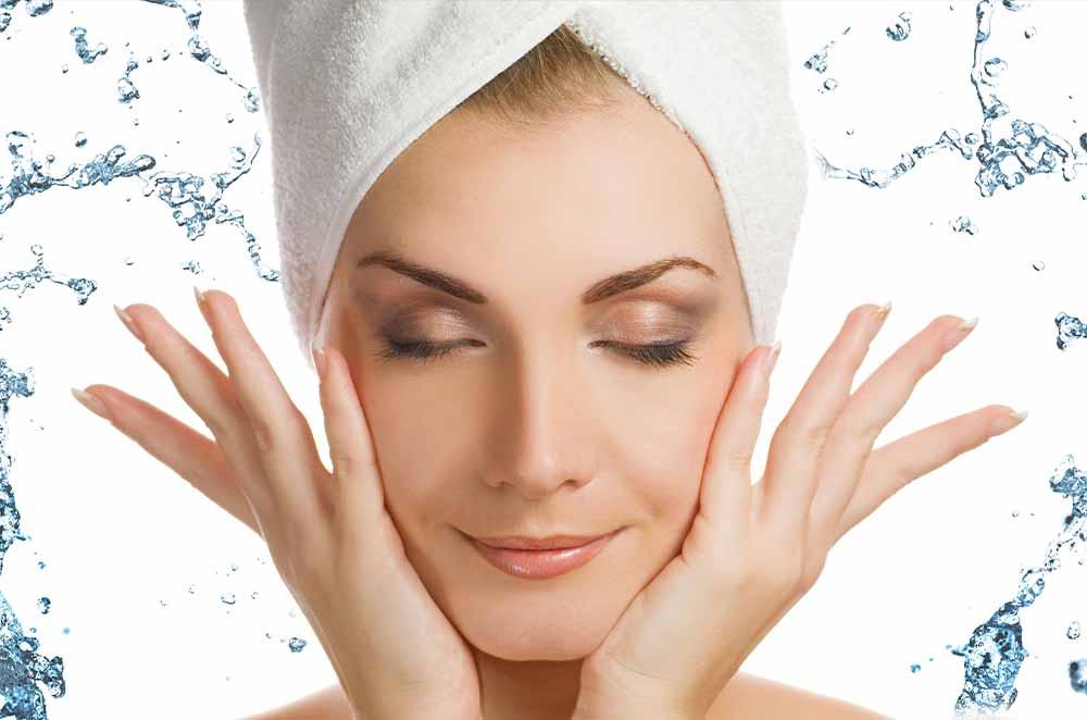 استفاده از آب مقطر در لوازم آرایشی
