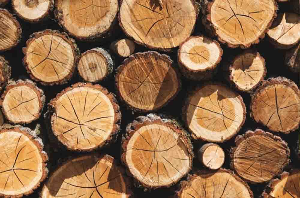 اسید نیتریک در پیرکردن مصنوعی چوب