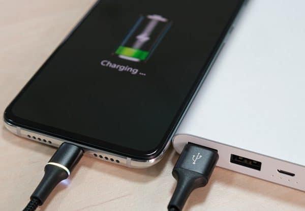 لیتیم هیدروکسید در ساخت باتری های قابل شارژ