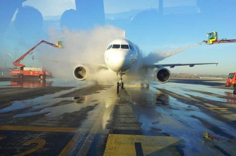 استات پتاسیم در یخ زدایی باند فرودگاه